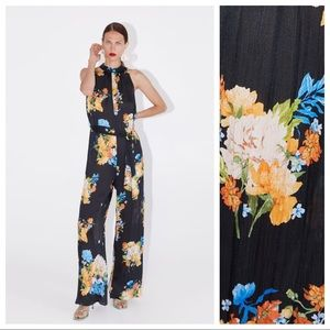 NWT. Zara Floral Print Jumpsuit. Size L.